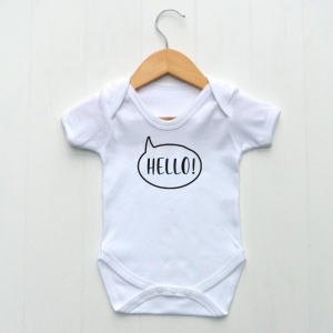 Bodysuit, White with printed 'Hello'